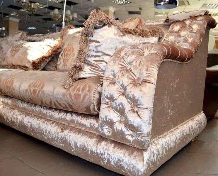 мягкая обивка дивана элитными тканями