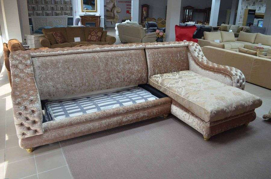 Раскладка спального места дивана углового классического