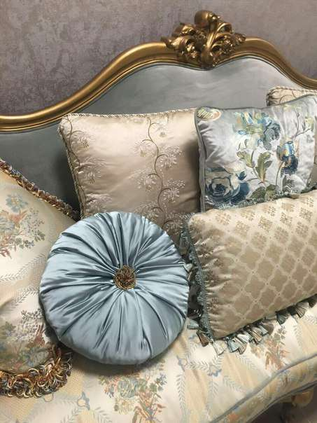 Камелот - мягкая мебель в классическом виде