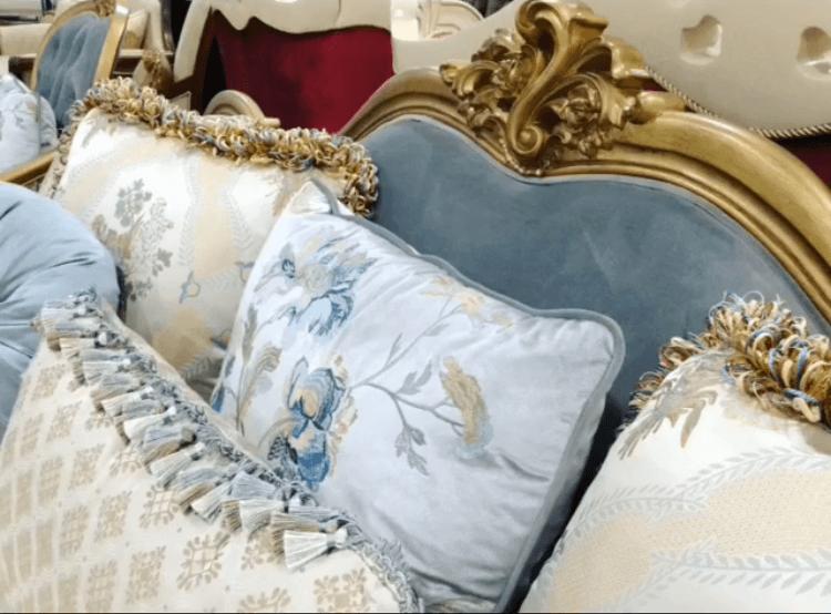 декоративная обивка подушек для дивана