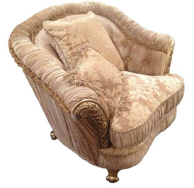 мягкое кресло Леонардо в гарнитур