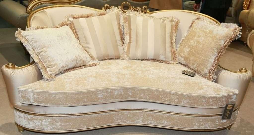светло бежевый классический диван Моцарт в дворцовом стиле