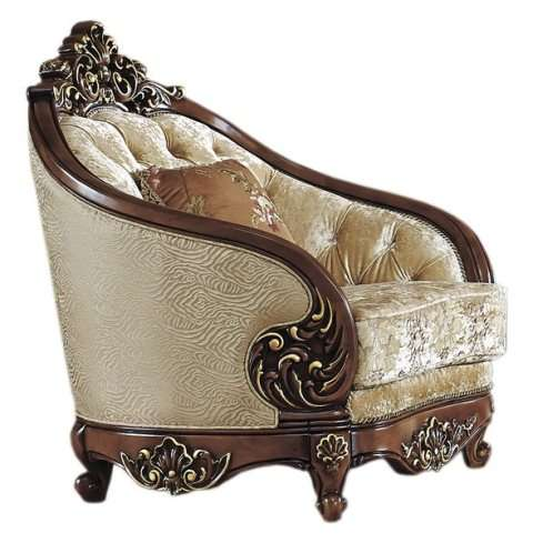 Мягкое кресло на резных ножках от комплекта Орфей