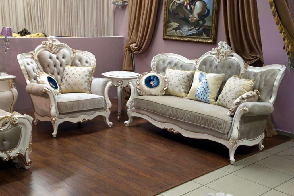 Трехместный диван и кресло на выставке мебели в Днепре: Пале РояЛь, aEnigma