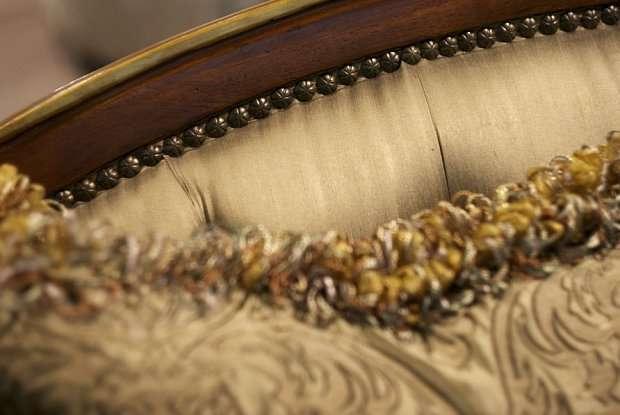 декоративная обивка дивана