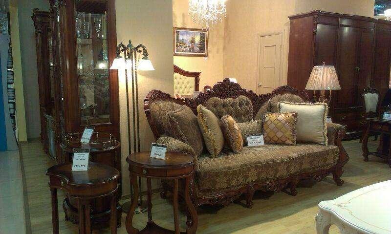 Резная классическая мягкая мебель Империал