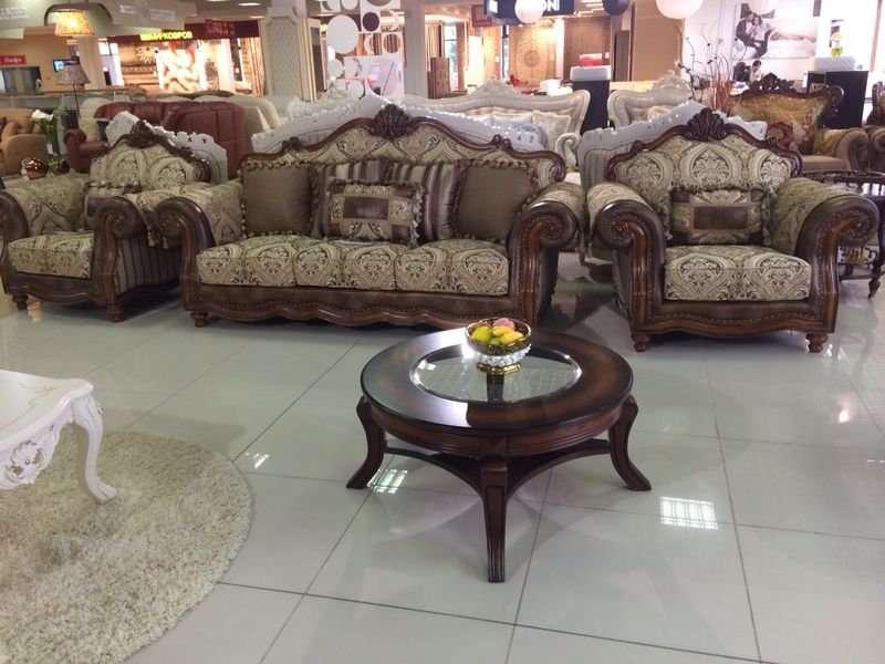 Мебельный гарнитур с раскладным диваном Маркиз.