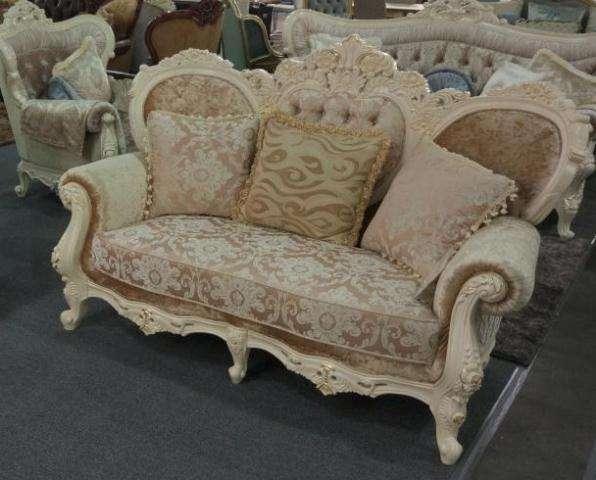 Белый классический резной диван Наполеон