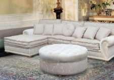 классический угловой диван для гостиной комнаты