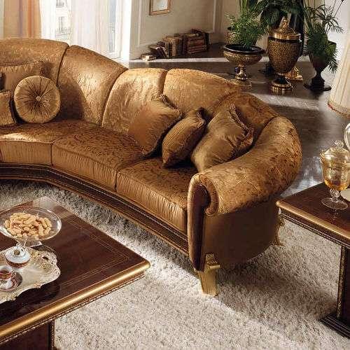 Угловой диван в классике от производителя Arredo Classic