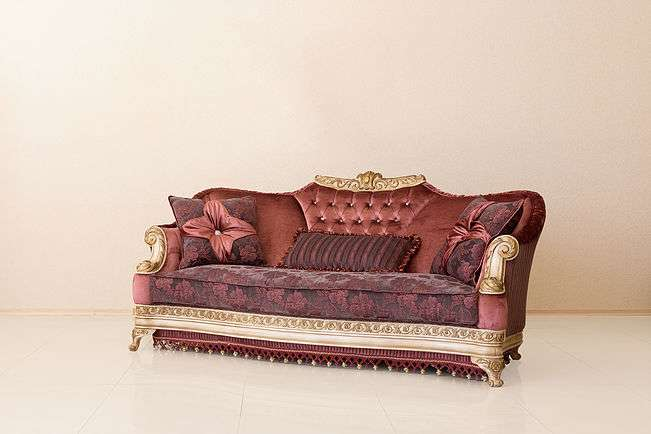 бордовый диван Карат