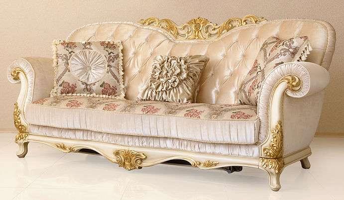 Классический диван Патриция для гостиной