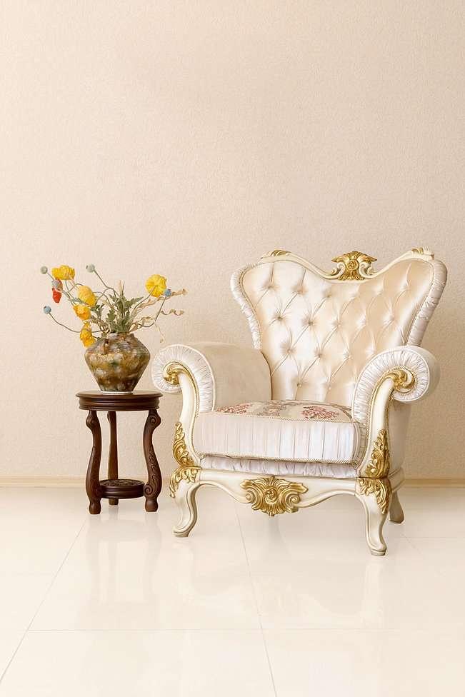 Кресло Патриция белого цвета