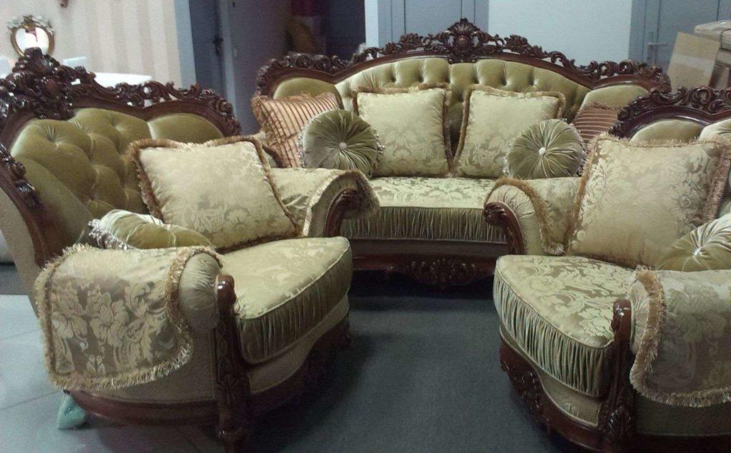 Мягкая резная мебель в холл Маркиз