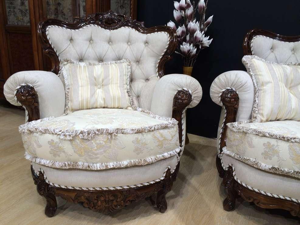 Кресло в классический мебельный гарнитур Тамара