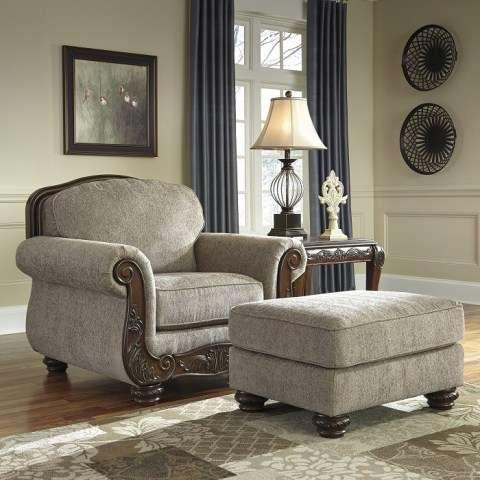 Кресло с пуфом в мягкий мебельный гарнитур Эшли.