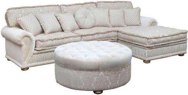 Классический светлый мягкий комплект мебели производство Америка. Угловой диван с пуфом Джанни идеально украсит интерьер Вашей классической гостиной