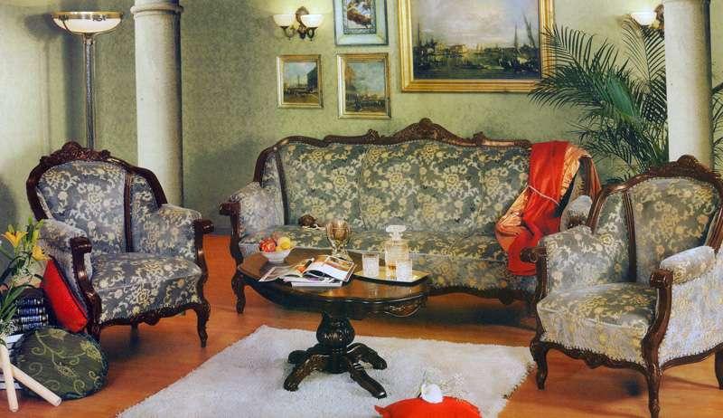 Купить дорогую мягкую мебель в гостиную Юлиана. Румыния