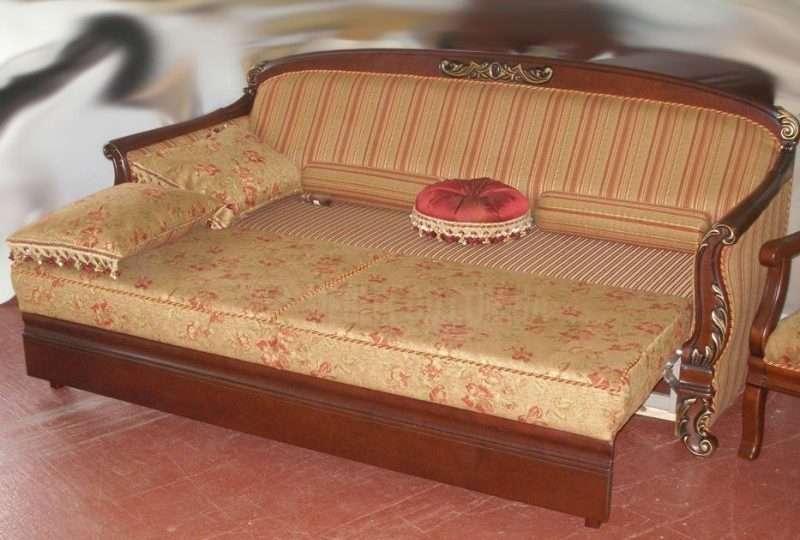 Диван раскладной классический Фабрика мебели Шик Николаев