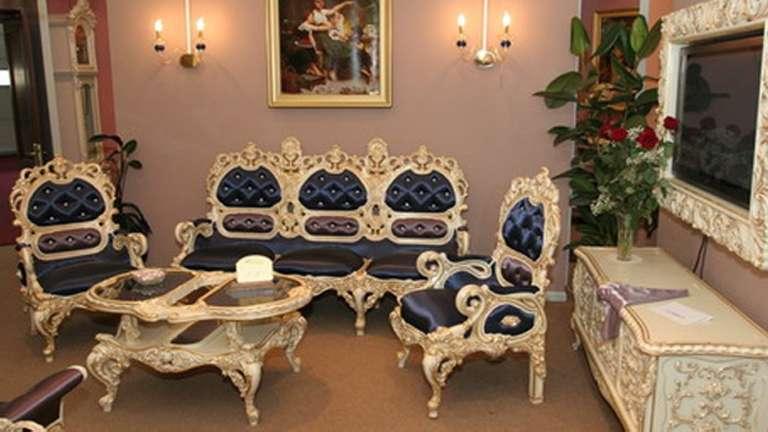Классическая мягкая мебель Л.Л. в стиле Ампир.