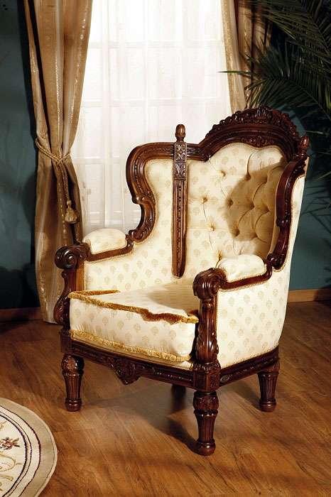 Кресло из мягкого элитного гарнитура Кристина. Румыния