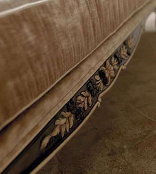 Цветочный декор дивана 3121 Савио Фирмино