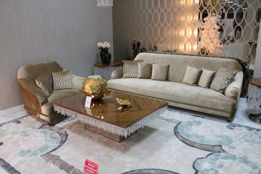 Дорогой велюровый комплект мебели CHATAM