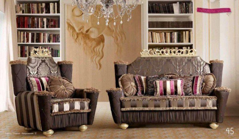 Элитный дорогой диван Наполеон в гостиную в классическом стиле