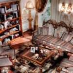 Дорогой диван Versailles Asnaghi Interiors в стиле Барокко. Италия