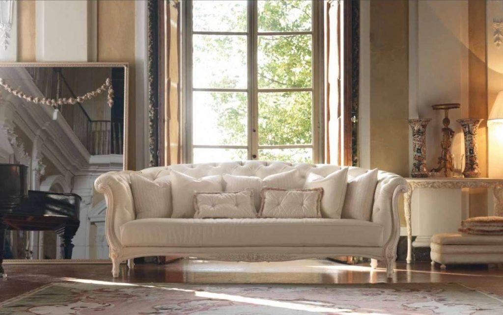 Прямой диван в классическом стиле 3121. Италия