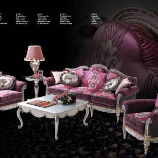 Дорогой розовый диван в стиле барокко ANTIQUA.