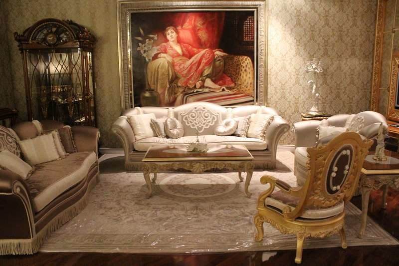 Дорогой шикарный диван в гостиную Канова