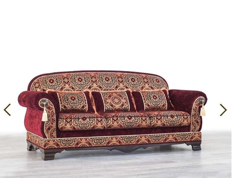 Прямой раскладной классический диван Шейх.
