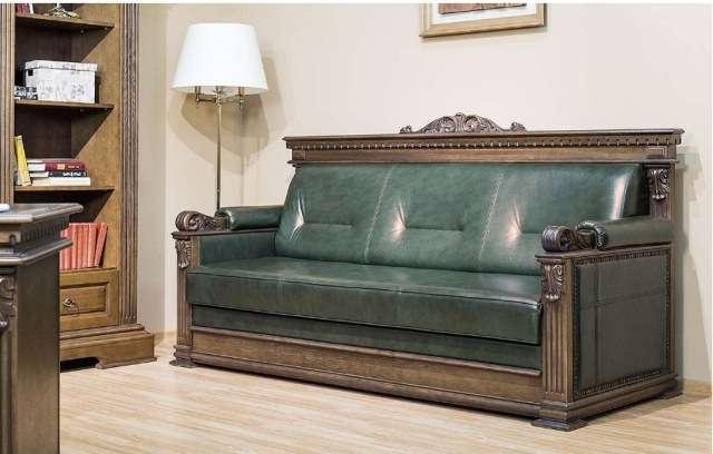 Дорогой прямой зеленый диван в английском стиле Лемберг. Украина.