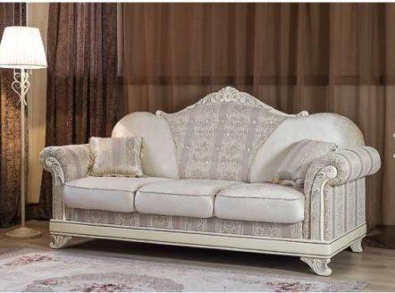 Дорогой мягкий классический диван Танго.