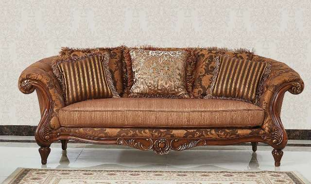 Фото классического дивана в гостиную Маэстро (Китай):