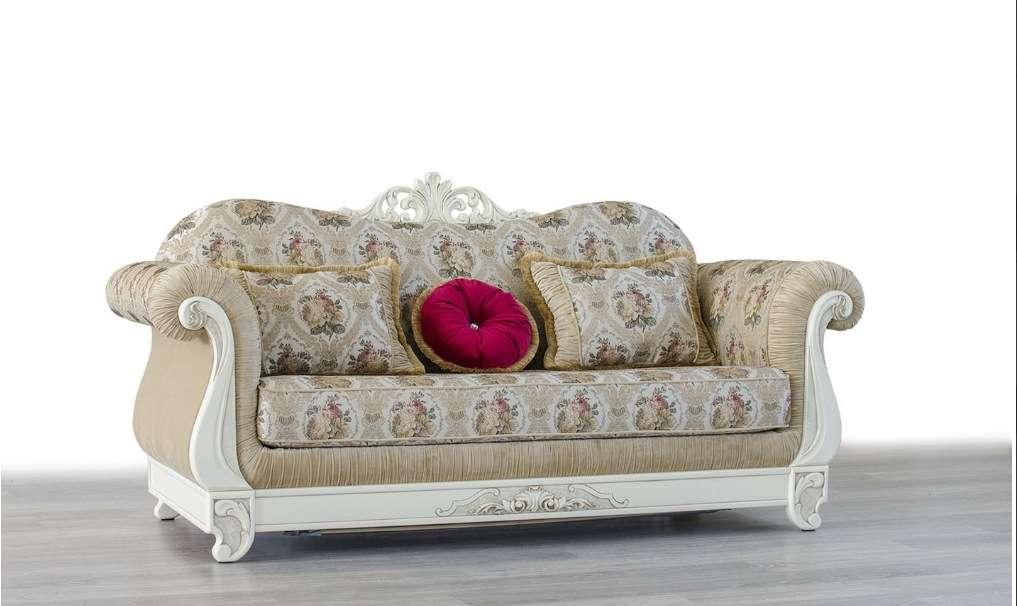 Дорогой белый классический диван Чардаш с резной короной.