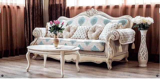 Красивый белый классический прямой диван Империя Украина из массива натурального дерева.
