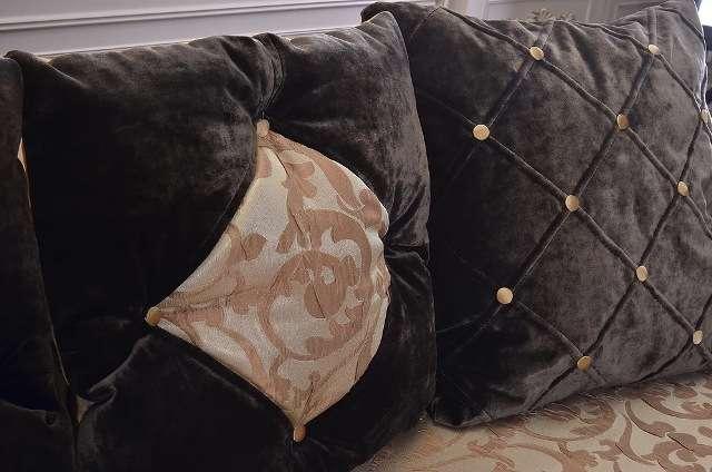 Декоративные подушки дивана Мартин