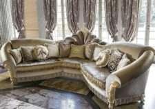 Угловой королевский диван Мадам Рояль в стиле барокко.