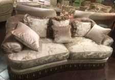 Элитный диван EMERALD в стиле капитоне
