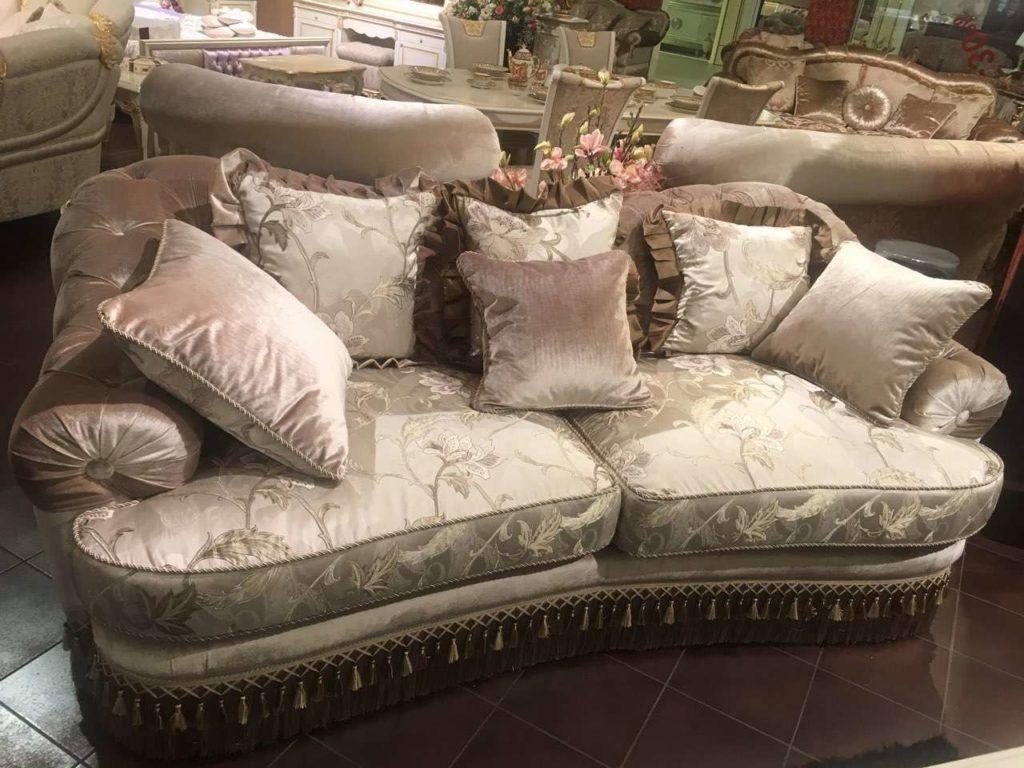 Мягкий классический диван EMERALD. Америка