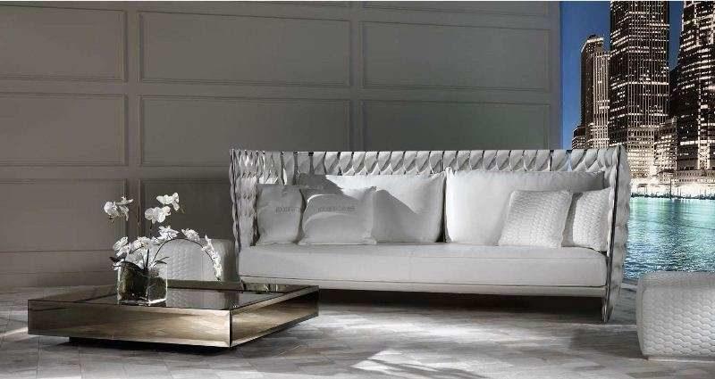 Дорогой кожаный белый диван из кожи