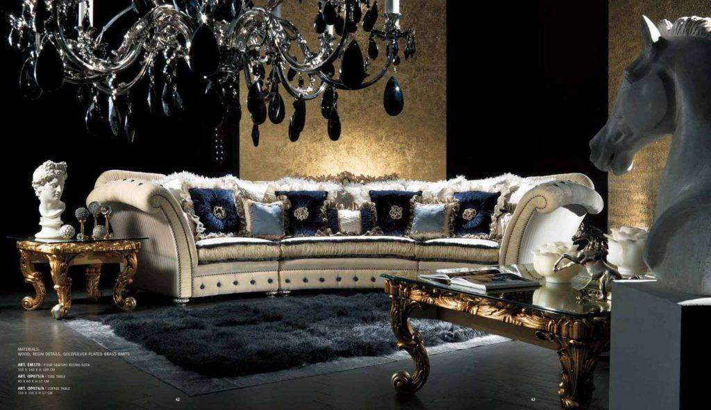 Дорогой большой белый радиусный диван