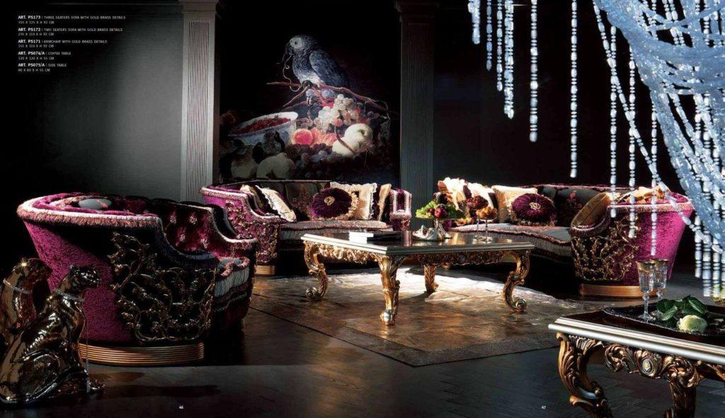 Дорогой бордовый диван в венецианском стиле