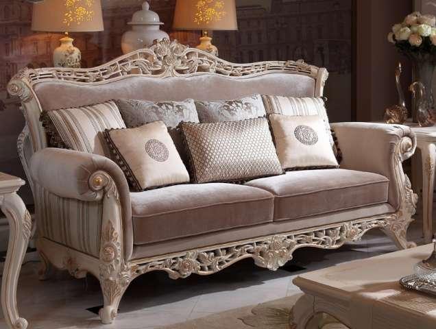 Трехместный диван в классическом стиле Риналди