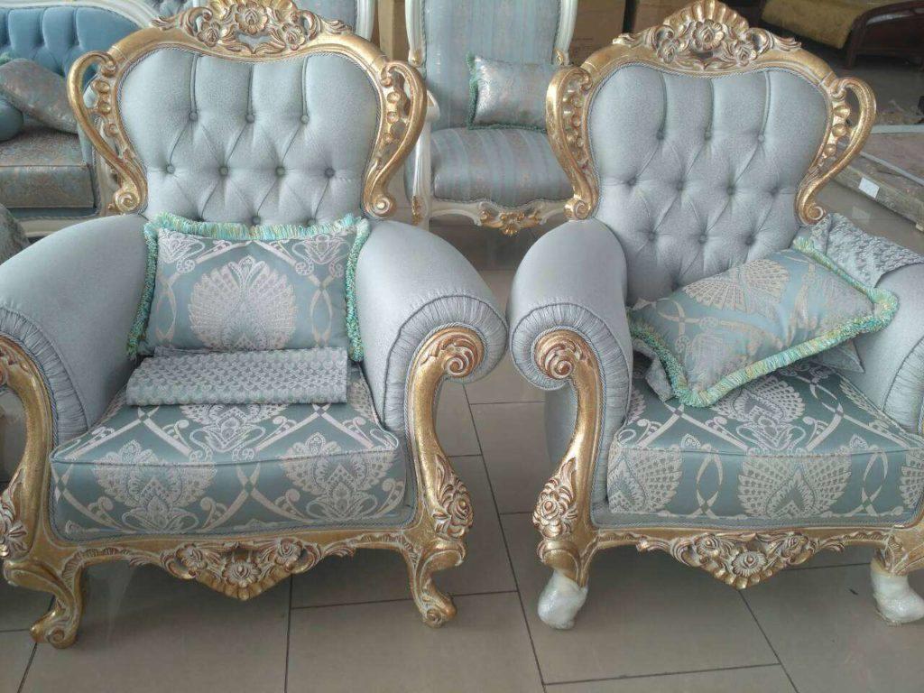 Классические дорогие кресла Падишах в стиле барокко.