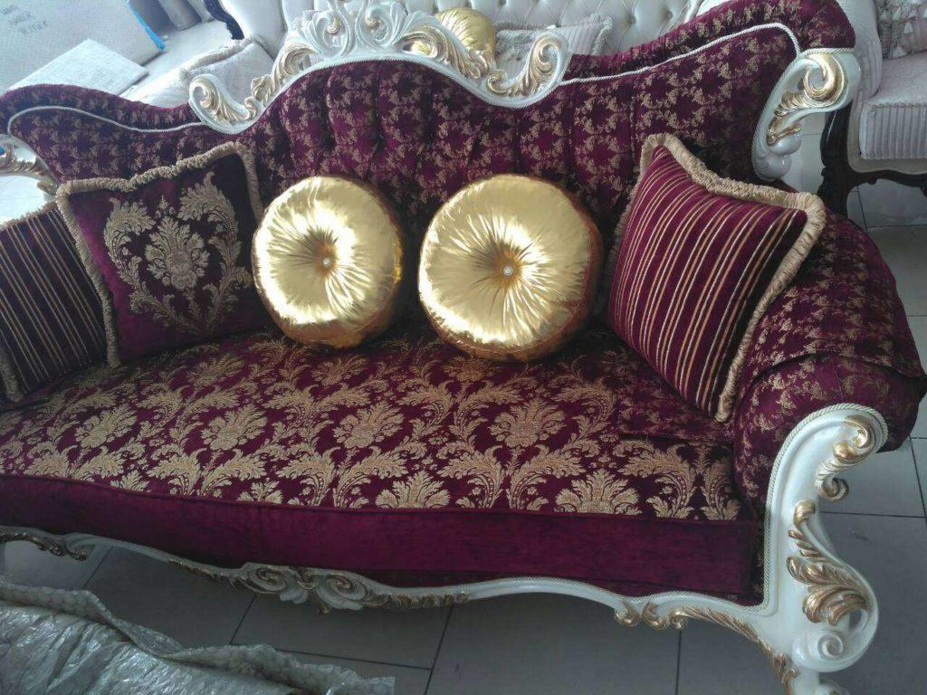 Бордовый диван с золотом Лара