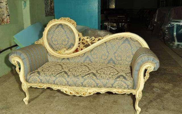 Классическая кушетка Жозефина в стиле барокко