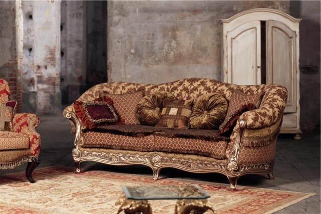 2х местный мягкий диван с подушками в классическом стиле divanos.com.ua